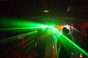 Show laser pour vos soirées endiablées