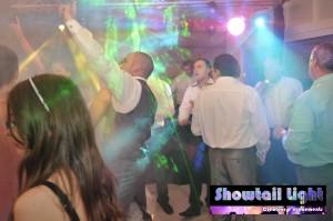Ambiance discothéque sur la piste de danse de mariage