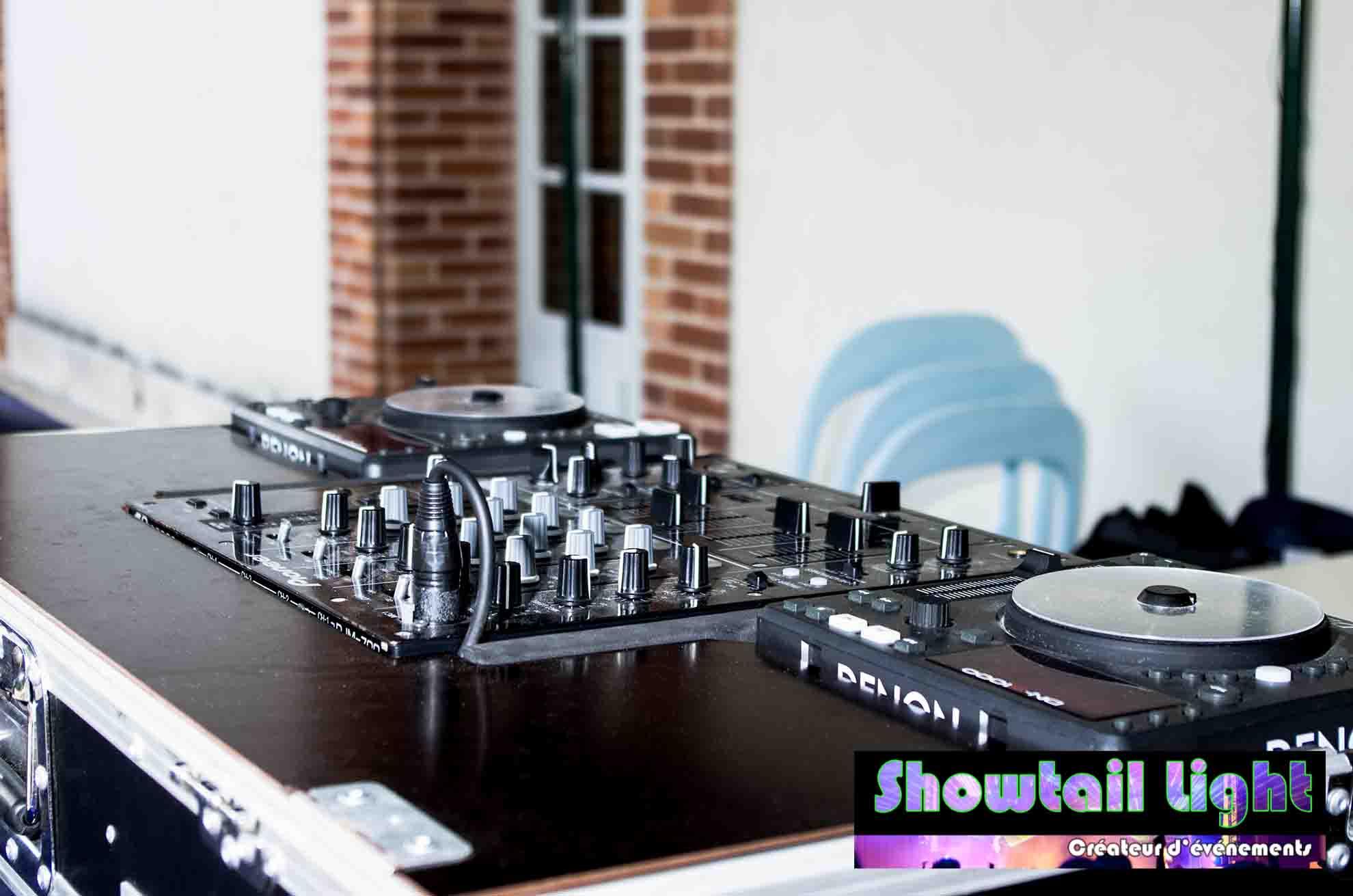 Table de mixage Platine dj